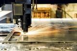Sự ra đời của máy cắt kim loại bằng laser