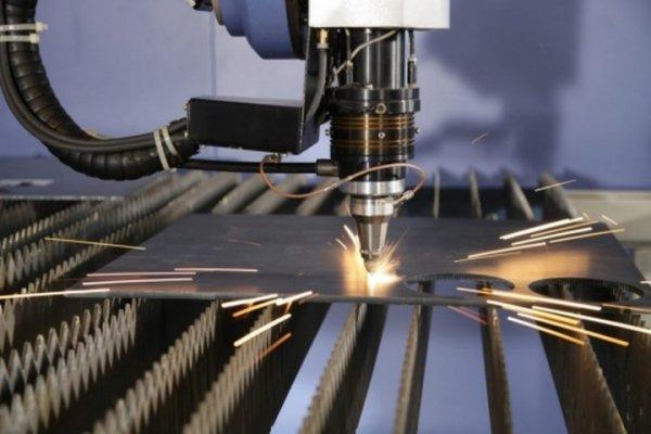 Cắt inox bằng laser có khó không?